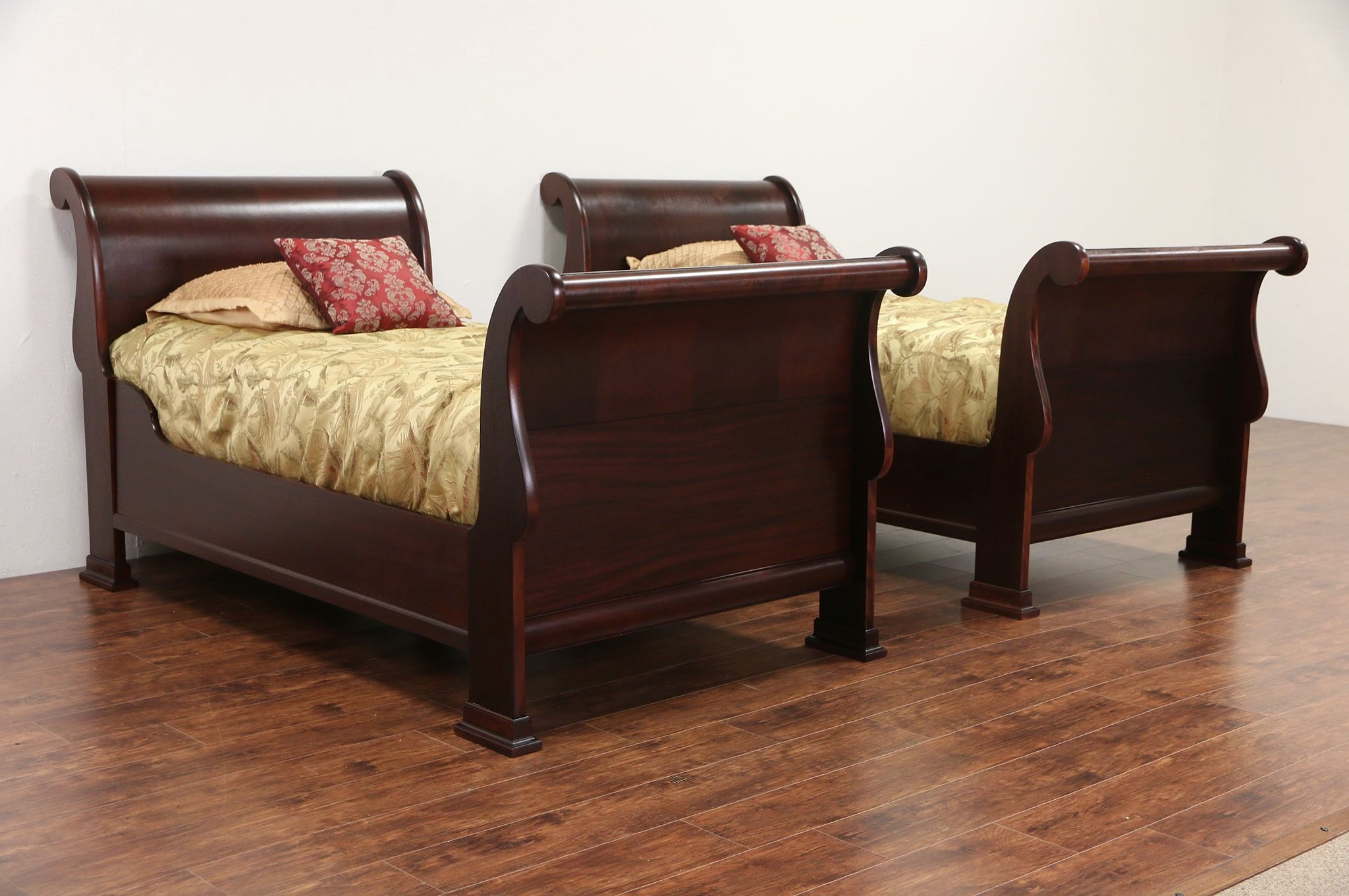 SOLD Pair Of 1910 Antique Twin Size Flame Mahogany Sleigh Beds Harp Gallery