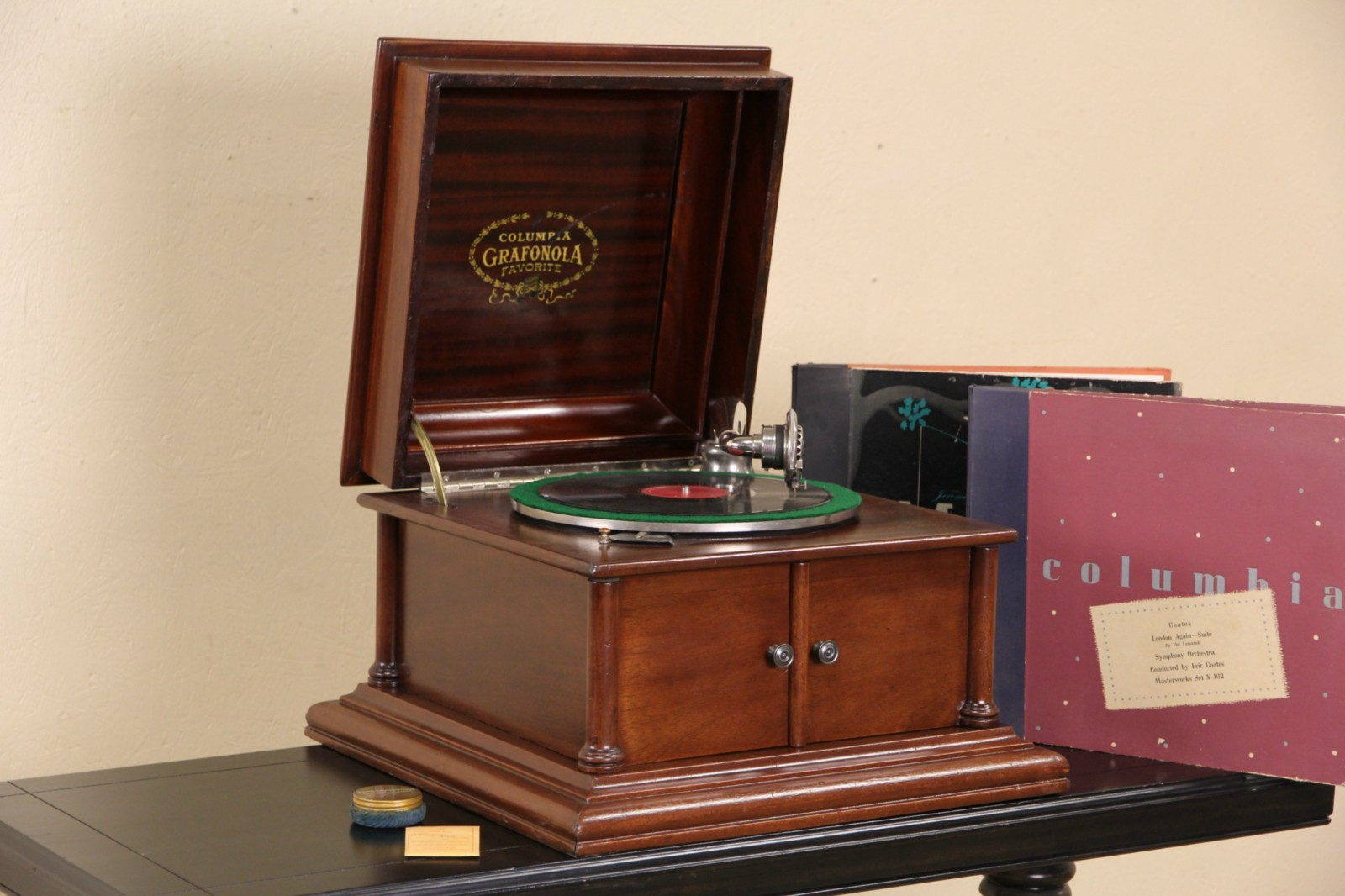SOLD Columbia Grafonola Record Player Antique 1910 Tabletop Phonograph Harp Gallery