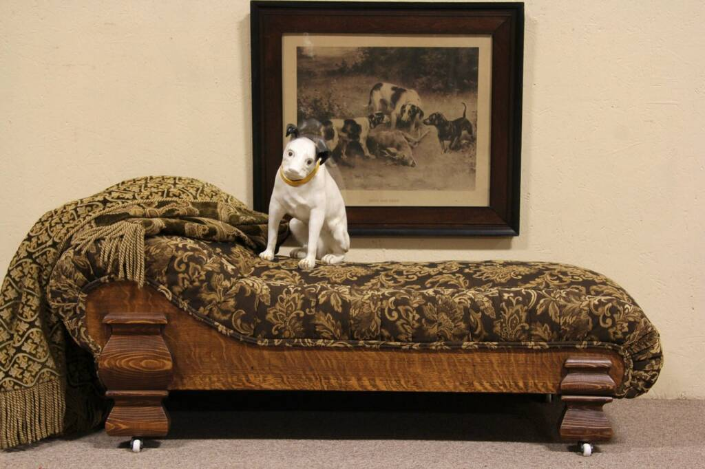 SOLD Victorian Childs Fainting Couch Or Chaise Lounge