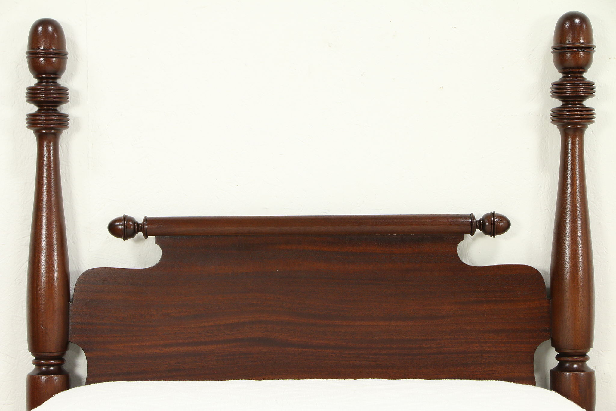 pair of antique 4 poster mahogany single or twin beds acorn finials 32267