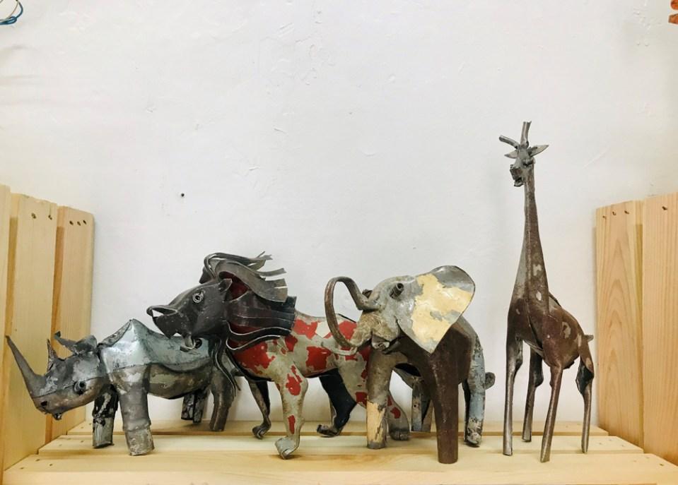 Rhino, Lion, Elephant & Giraffe
