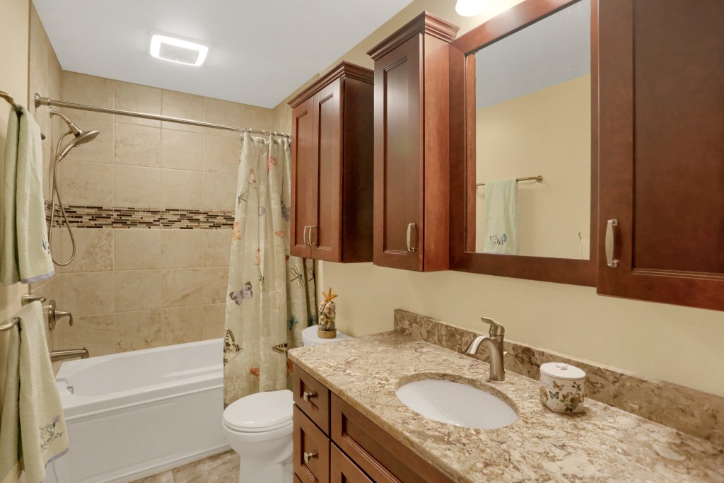 Family Bathroom Renovation (B-116)
