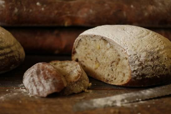 Normandy Apple Bread (2)