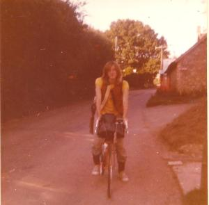 Harry in 1976 leaving home in West Lambrook in Somerset for Scotland