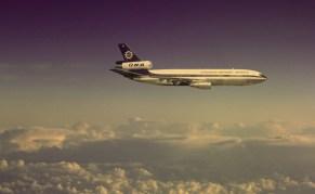 ONA DC-10 inflight