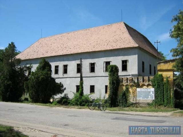 Castelul Banloc, judetul Timis