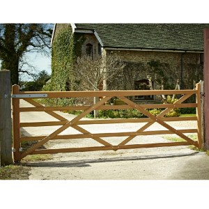 Diamond Braced Gates (5 bar)