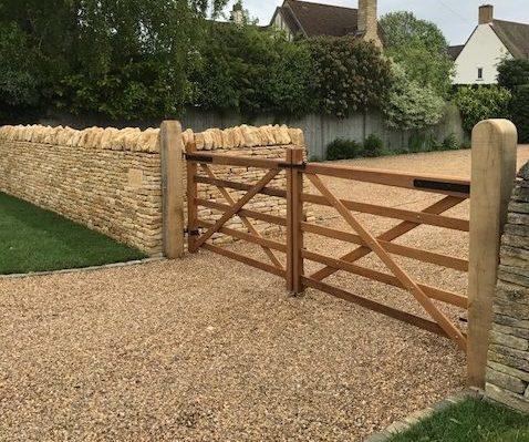 Somerset Gates