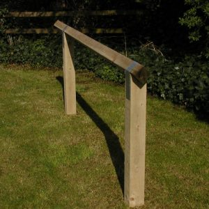 Trip rail fence or Birds Mouth top