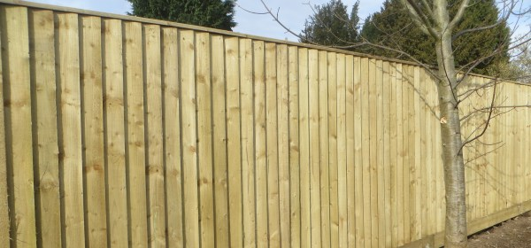 Closeboarded Fence using feather edge boards