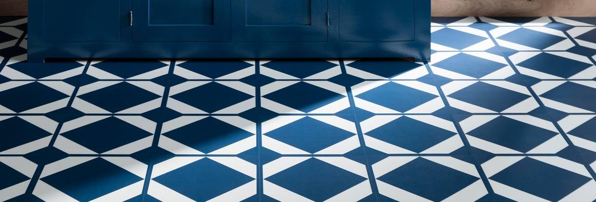 coloured vinyl flooring bright