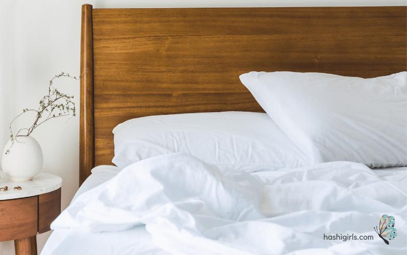 hashigirl-sleep-leigh-montgomery