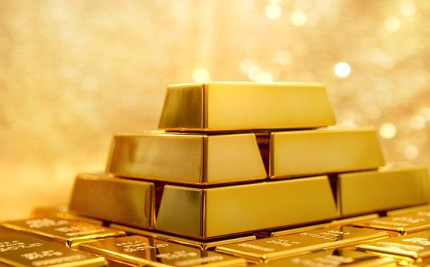 الذهب يتخطى حاجز 1400 دولار لأول مرة منذ 2013