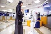 روبوت ناطق باللغة العربية في الامارات