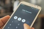 أغلب الإماراتيون يضعون كلمات مرور لهواتفهم الذكية