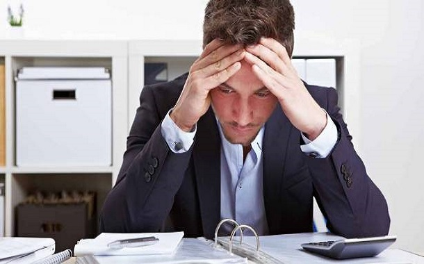 كيف تتعامل مع التوتر في العمل؟