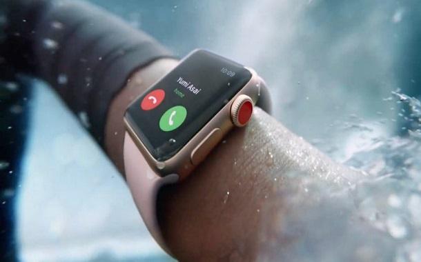 الجيل الثالث من ساعة أبل يُنقذ حياة شخص بفضل خاصيّة إجراء المُكالمات