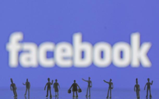 فيسبوك تلمع صورتها العالمية كـ