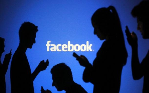 هل يتحول فيسبوك الى مجتمع افتراضي طبقي؟