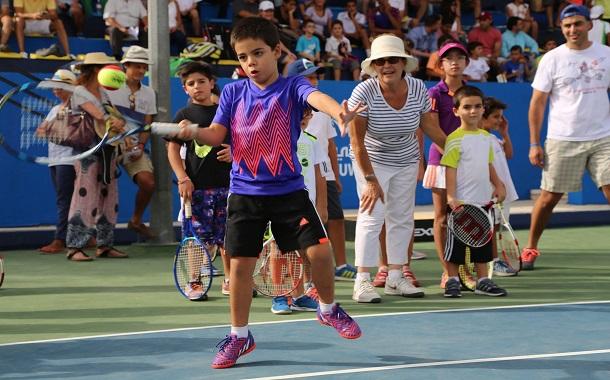 طيران الإمارات ترعى أكاديمية ومهرجان التنس في الأردن