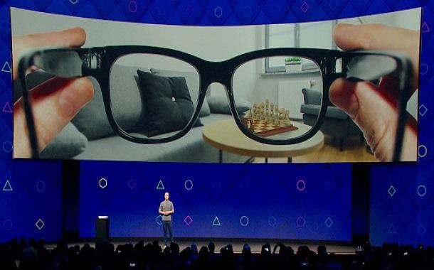 فيسبوك تؤكد عملها لإنتاج نظارة واقع معزز في الفترة القادمة
