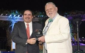 مطار حمد الدولي يفوز بجائزة أفضل مطار في الشرق الأوسط في استطلاع مجلة