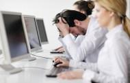 كيف تتخلص من الكسل في بيئة العمل؟