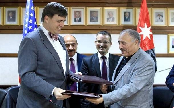 الولايات المتحدة توقع اتفاقية مع وزارة الصحة الأردنية لخدمات صحة الأم والطفل