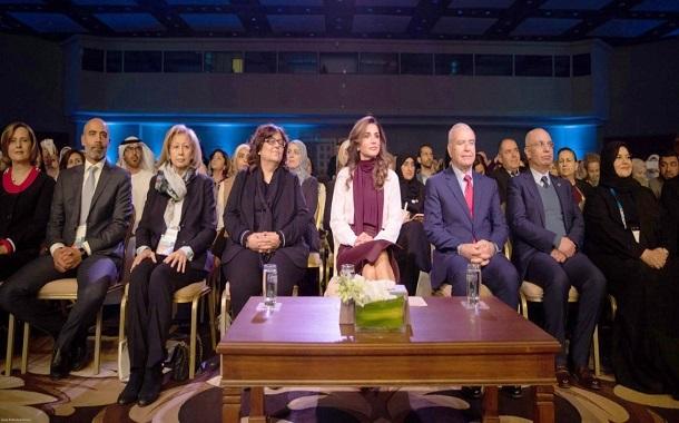 الملكة رانيا تحضر الجلسة الرئيسية لملتقى مهارات المعلمين 2019