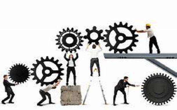 8 مفاتيح للتعامل مع فريق عمل من الأذكياء