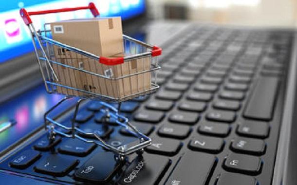 الجمارك: منصة لتنظيم التجارة الإلكترونية اعتبارا من الخميس