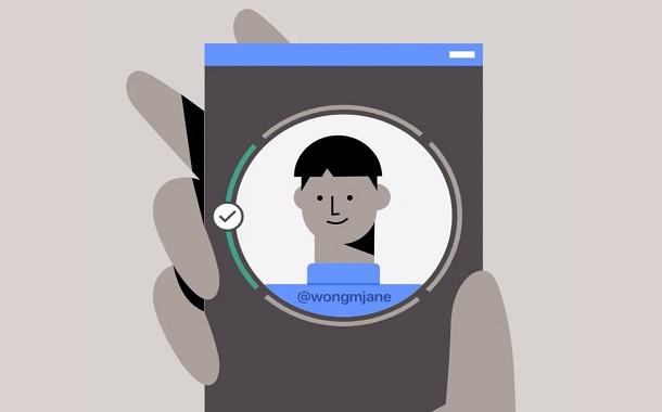 فيسبوك تختبر توثيق الهوية عبر فيديو السيلفي