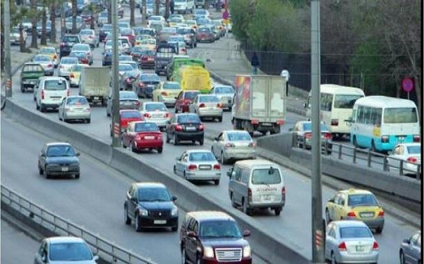 تثمين لقرارات فتح القطاعات وتخفيف القيود على حركة التنقل