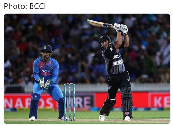 3rd T20 : New Zealand post mammoth total vs India