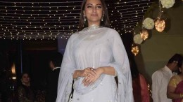 Mumbai: Actress Sonakshi Sinha at her friend's wedding reception in Mumbai, on Feb 16, 2019. (Photo: IANS)