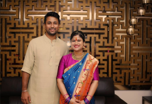 cricketer Pragyan Ojha and his wife
