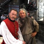 Arnold Schwarzenegger e Jackie Chan se juntam em filme Russo