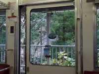箱根登山鉄道1000形のドア閉動画