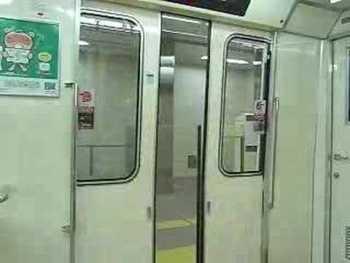 大阪市営地下鉄80系(第1編成)のドア閉動画