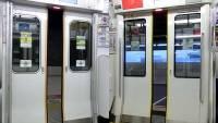 JR東日本E233系と西武30000系のドア閉比較動画