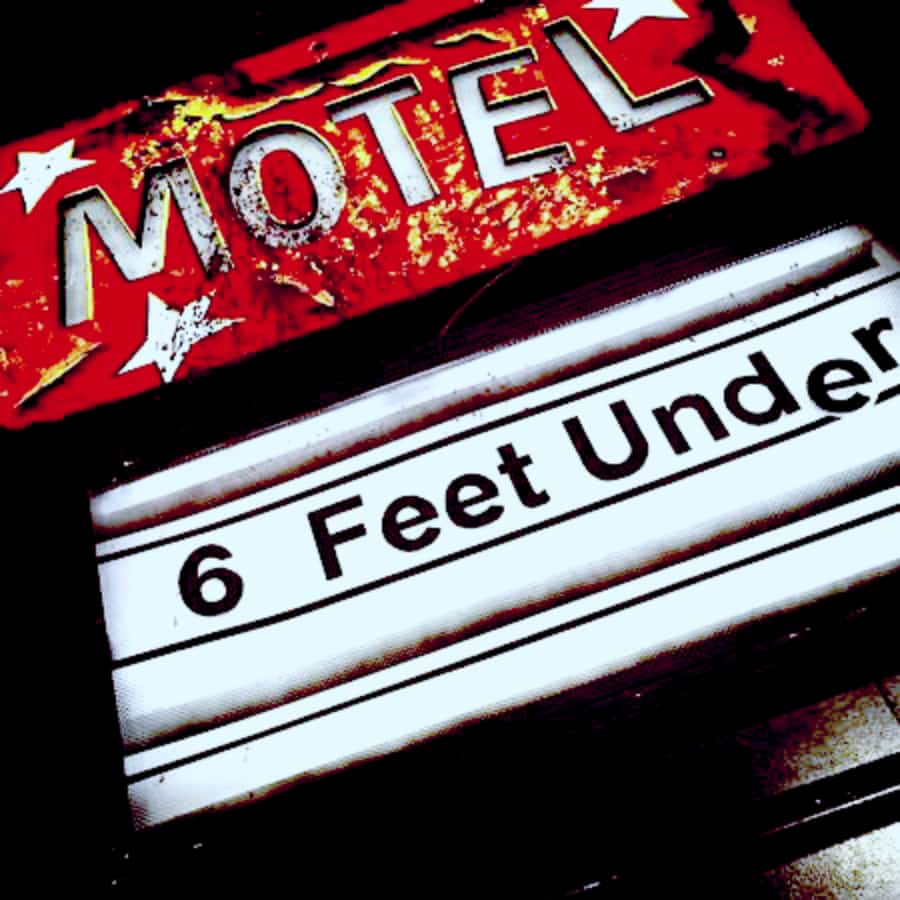 Motel 6 feet under Haunting Haunting.net Haunted House