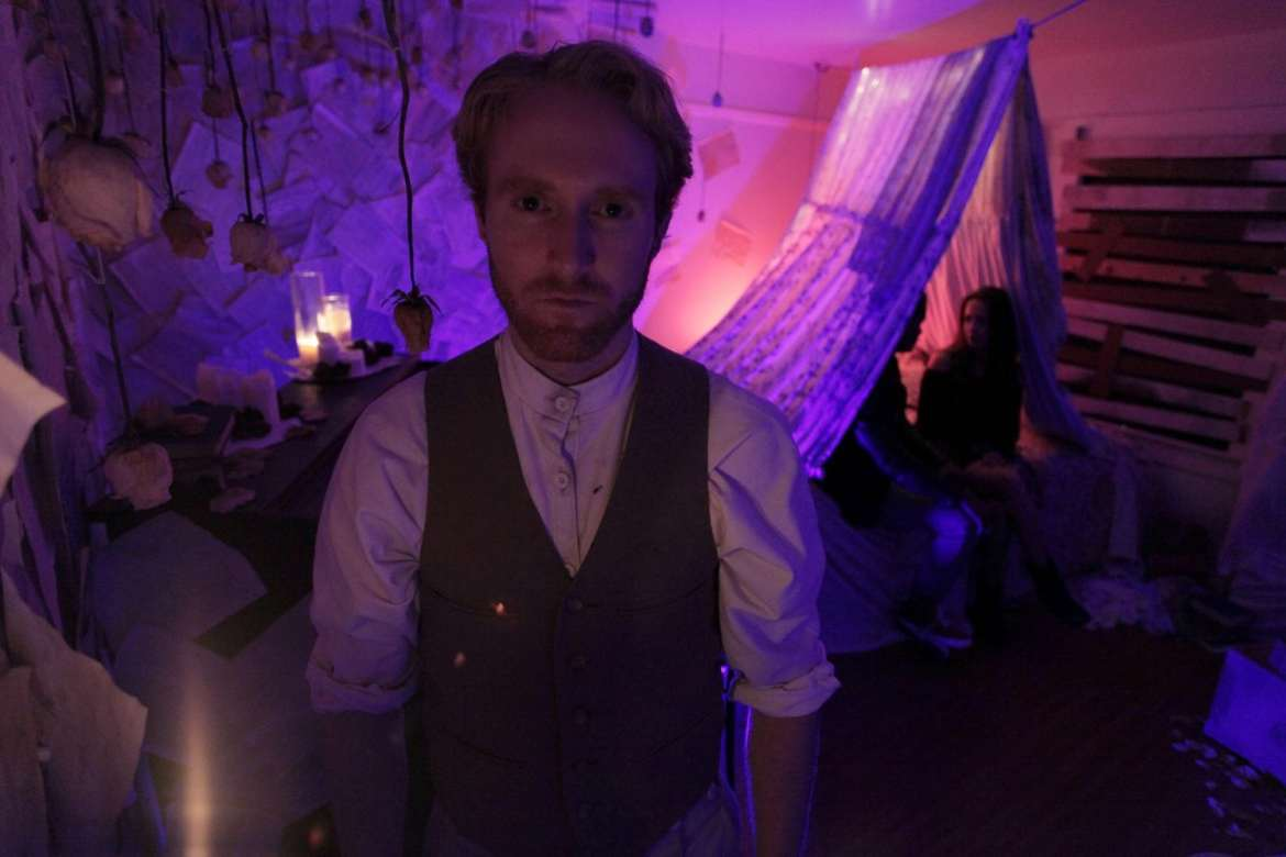 Immersive Theatre Los Angeles E3W Productions Keeling In Another Room
