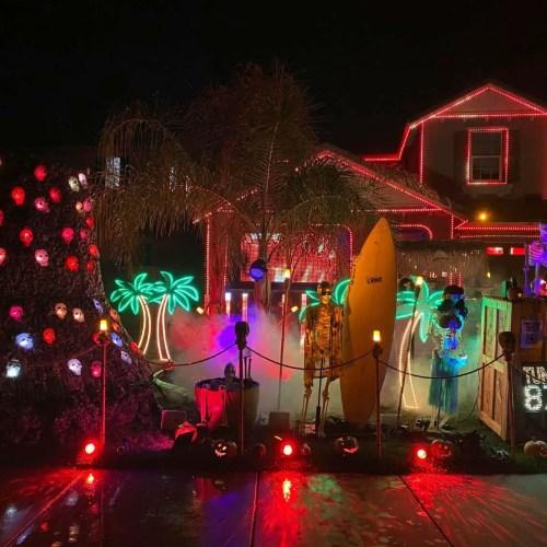 Wolf Creek Island - Halloween Yard Display - Temecula - CA