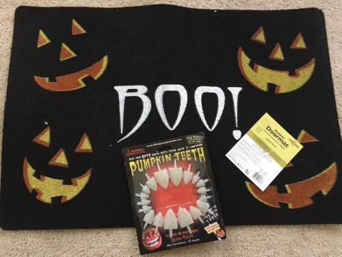 """""""Boo!"""" Jack-O-Lantern Doormat and Pumpkin Teeth"""