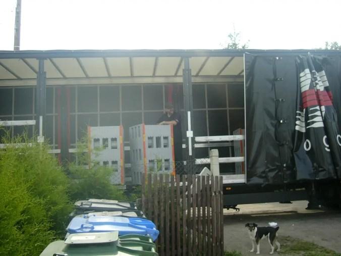 ein LKW mit Haus