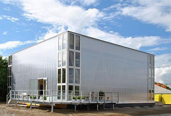 """Der in der Kategorie Architecture/Domestic prämierte Wohnpavillon entstand 2013/14 als Studienprojekt im Rahmen des europäischen Architekturwettbewerbs """"Solar Decathlon"""". Foto: DFH"""