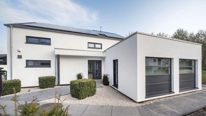 Das neu eröffnete Okal AktivPlus Musterhaus in Bad Vilbel (Foto: Hans-Rudolf Schulz)