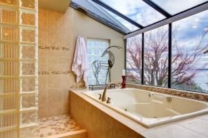 Badezimmer renovieren » Welche Kosten fallen an