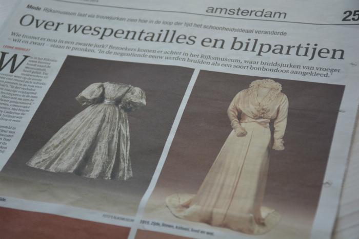 Artikel trouwjurk Hirsch Rijksmuseum Het Parool