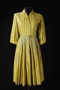 Geel gestreepte japon met lange mouw en ceintuur Horrockses Fashions 1950